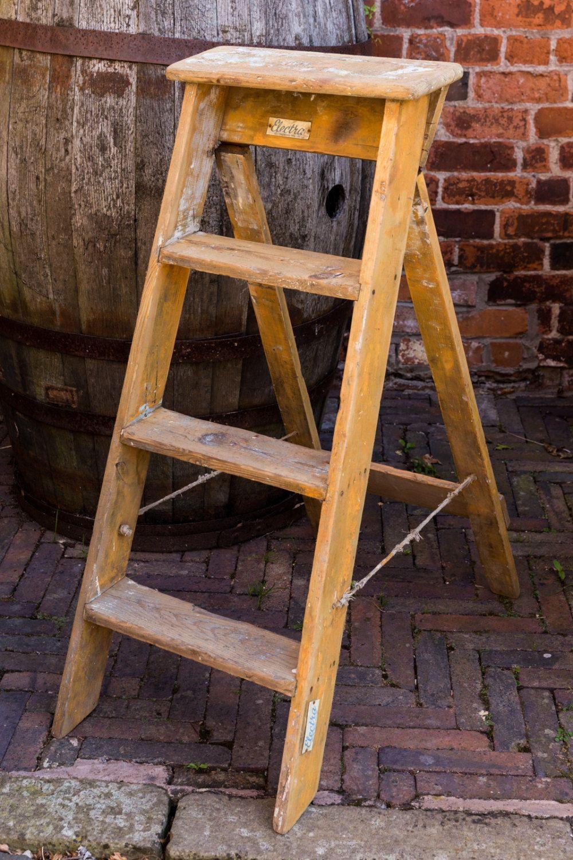 Best Vintage Wooden Step Ladders 4 Steps Vintage Condition 400 x 300
