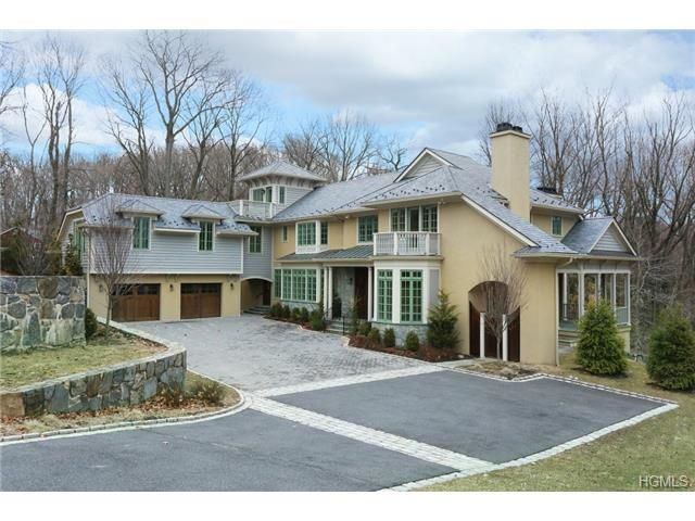 Live In Luxury At 27 Dearman Close In Irvington Newyork Westchester Realestate Irvington Grand Homes Gorgeous Fireplaces