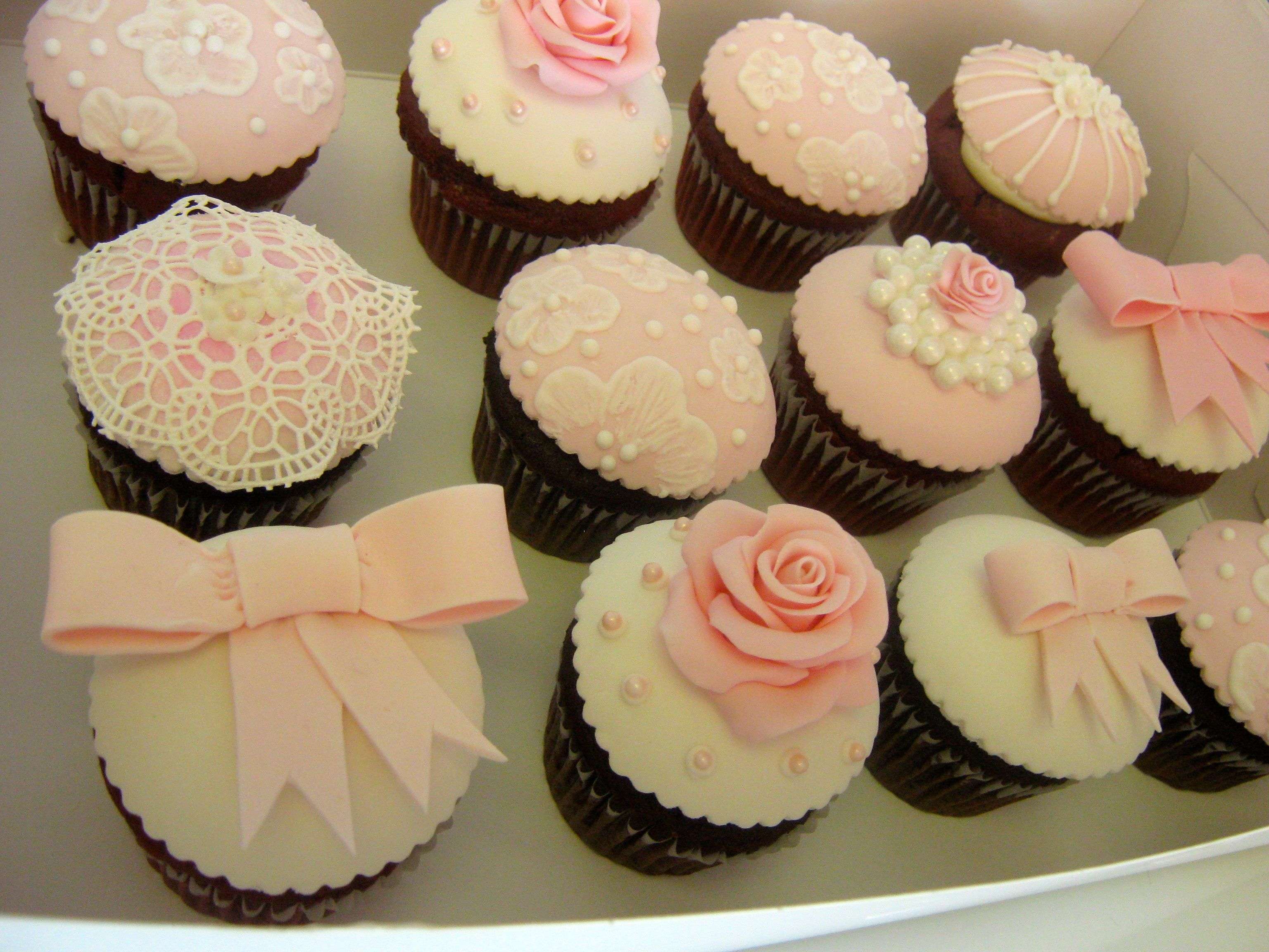 Vintage-style fondant cupcake toppers for an elegant baby shower. Take a  look at the edible lace - it's fantastic!