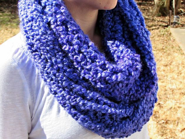 Homespun Thick And Quick Infinity Scarf Pattern For The Knifty