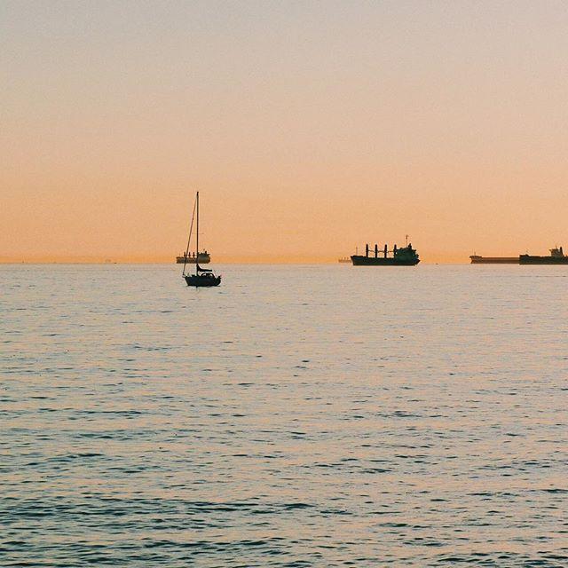 English bay sun set