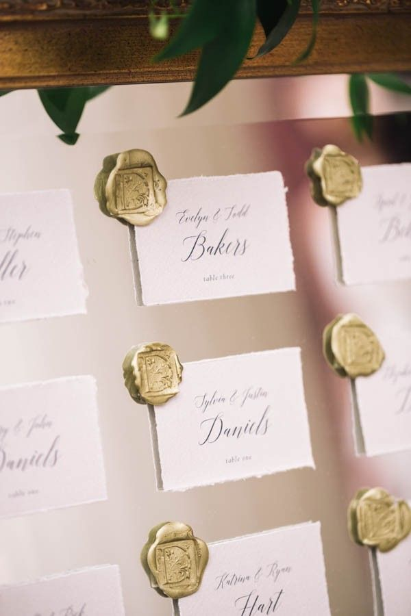 Elegant wedding seating chart idea image by cyrience creative studios also luxe natural indoor inspiration at barrow mansion rh pinterest