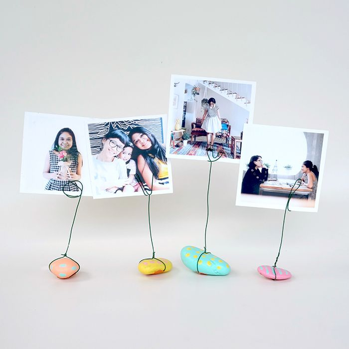 Diy Standing Frame Kitty Manu Frame Stand Diy Projects For