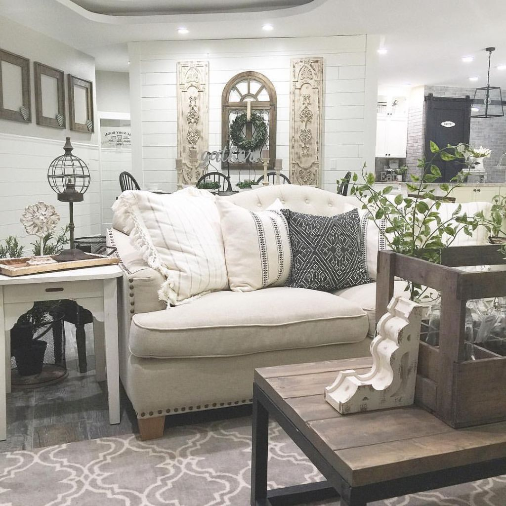 09 Best Modern Farmhouse Living Room Decor Ideas | Modern farmhouse ...