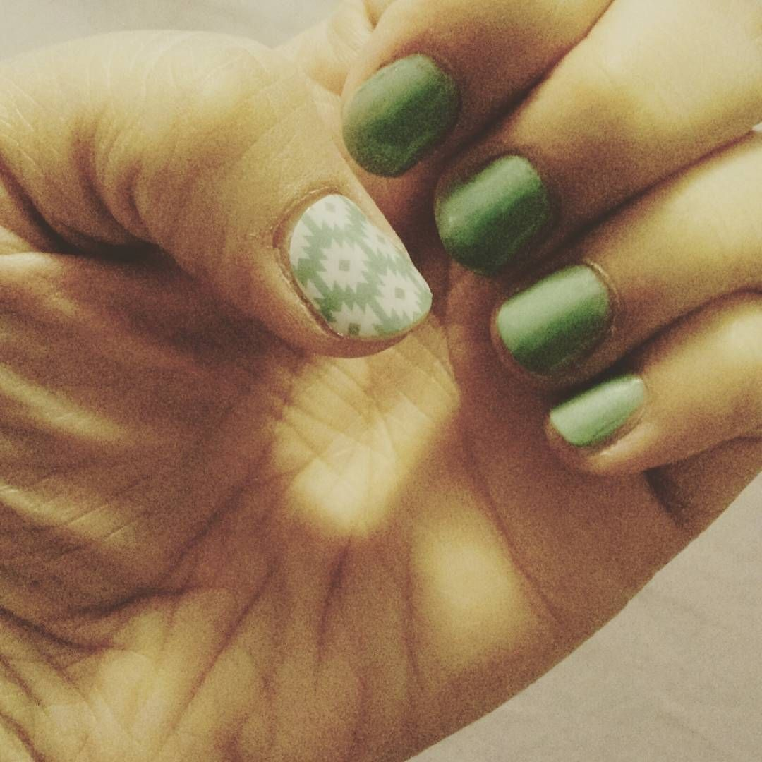 Tbt Jamberry May Hostess Exclusive With Sally Hansen Mighty Mint Lorraine Hauger