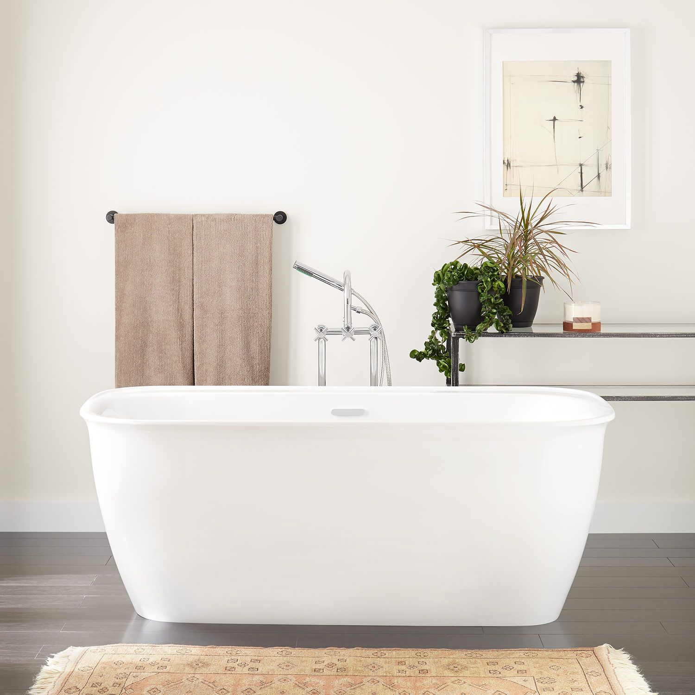 63 Rassi Acrylic Freestanding Tub In Tap Deck 7 Rim Drillings