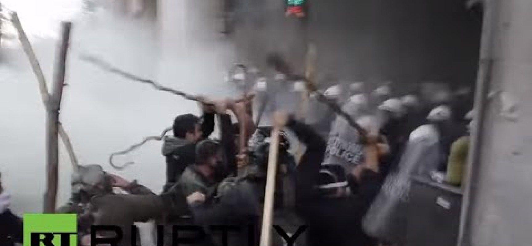 guardate cosa succede in grecia,  e noi non sappiamo nulla [video]