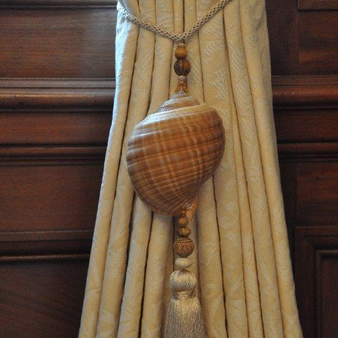 Tonna Sulcosa Shell Curtain Tie Back With Beige Tassel Pair