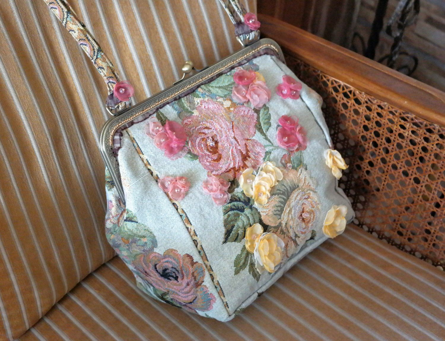 Floral tapestry bag pink beige tapestry purse fabric handbag carpet bag embroidered bag pink beige flower bag vintage bag unique handbag by Fantazzihandmade on Etsy