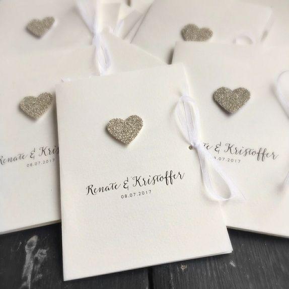 Photo of Hochzeitseinladung mit handgemachtem Herzen im silbernen Glitzer ….