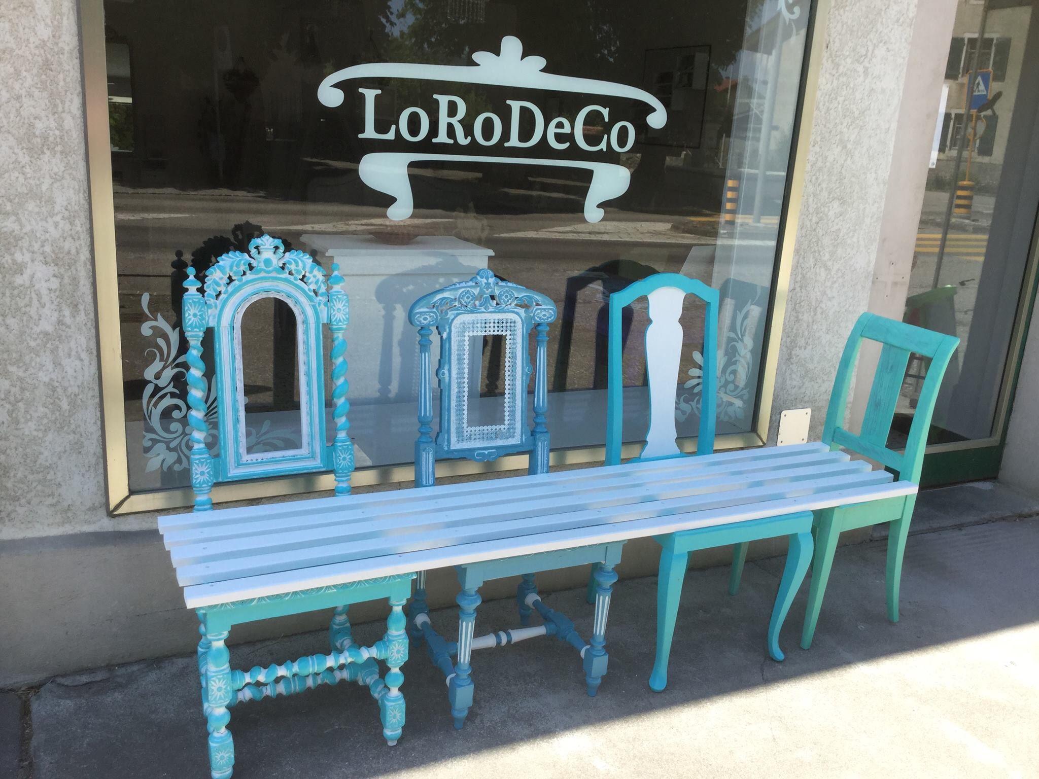 Un banc de jardin fabriqué avec 4 chaises LoRoDeCo