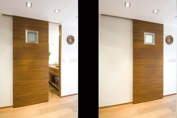 porte coulissante avec hublot opaque pour la salle de bain portes porte coulissante porte. Black Bedroom Furniture Sets. Home Design Ideas
