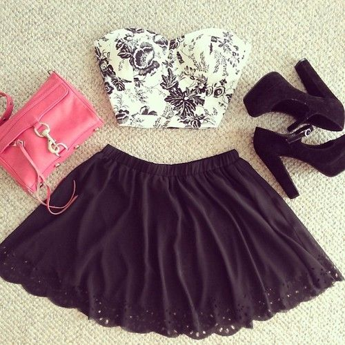 High waisted skirts and crop tops! <3