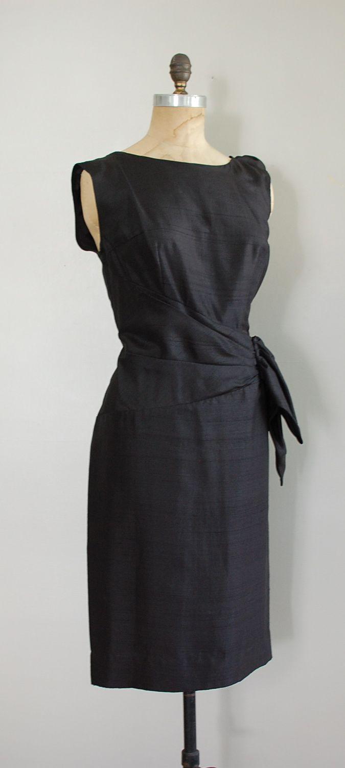 Vintage Black Dress Fashion Little Black Dress [ 1504 x 675 Pixel ]