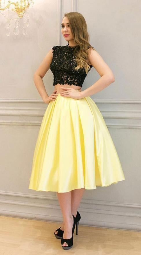 Two Pieces Lace Homecoming Dresses For Juniors Bateau Neck Short Prom Gowns Cheap Appliques Plus Size Cocktail Dress