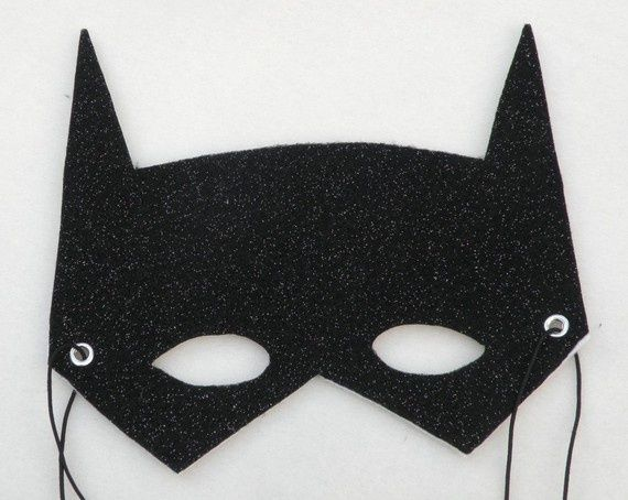 BATMAN MASK BLACK PLASTIC HALF FACE ELASTIC STRAP BAT MAN One Size Fits Most DC