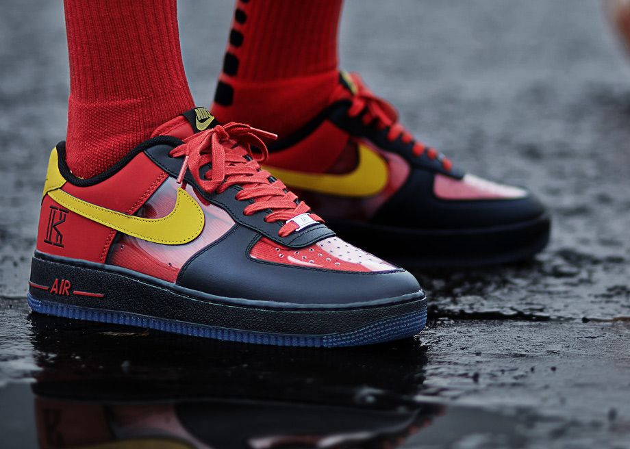 the latest df872 c590a Nike Air Force 1 Low Comfort « Kyrie Irving » post image