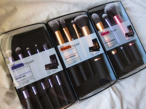 Real Techniques Makeup Brush Sets Core Collection Travel Essential ...