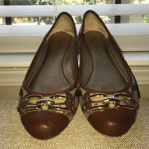 I just discovered this while shopping on Poshmark: Authentic super cute Coach ballet flats. Check it out!  Size: 6