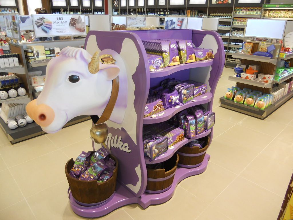 Amazing cow at Turin Airport Shopping Gallery! www.airportshopping.biz