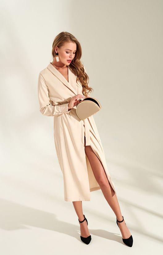 9a09487010c Лаконичное платье на запáх в нежном пудровом цвете TOPTOP STUDIO ...