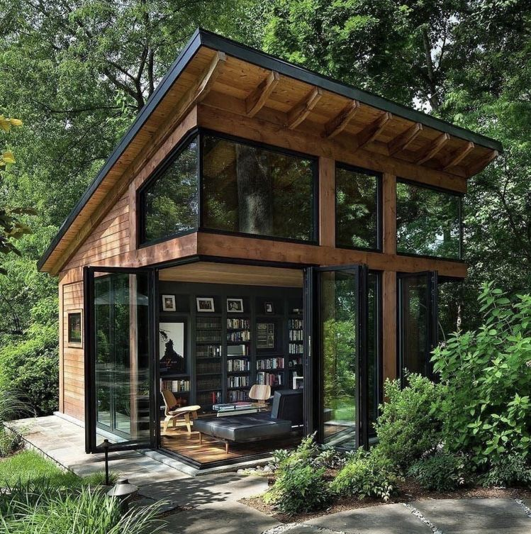 Pin By Nora Mcgraw On Guest House In 2020 Tiny House Cabin Tiny House Design Tiny House Plans
