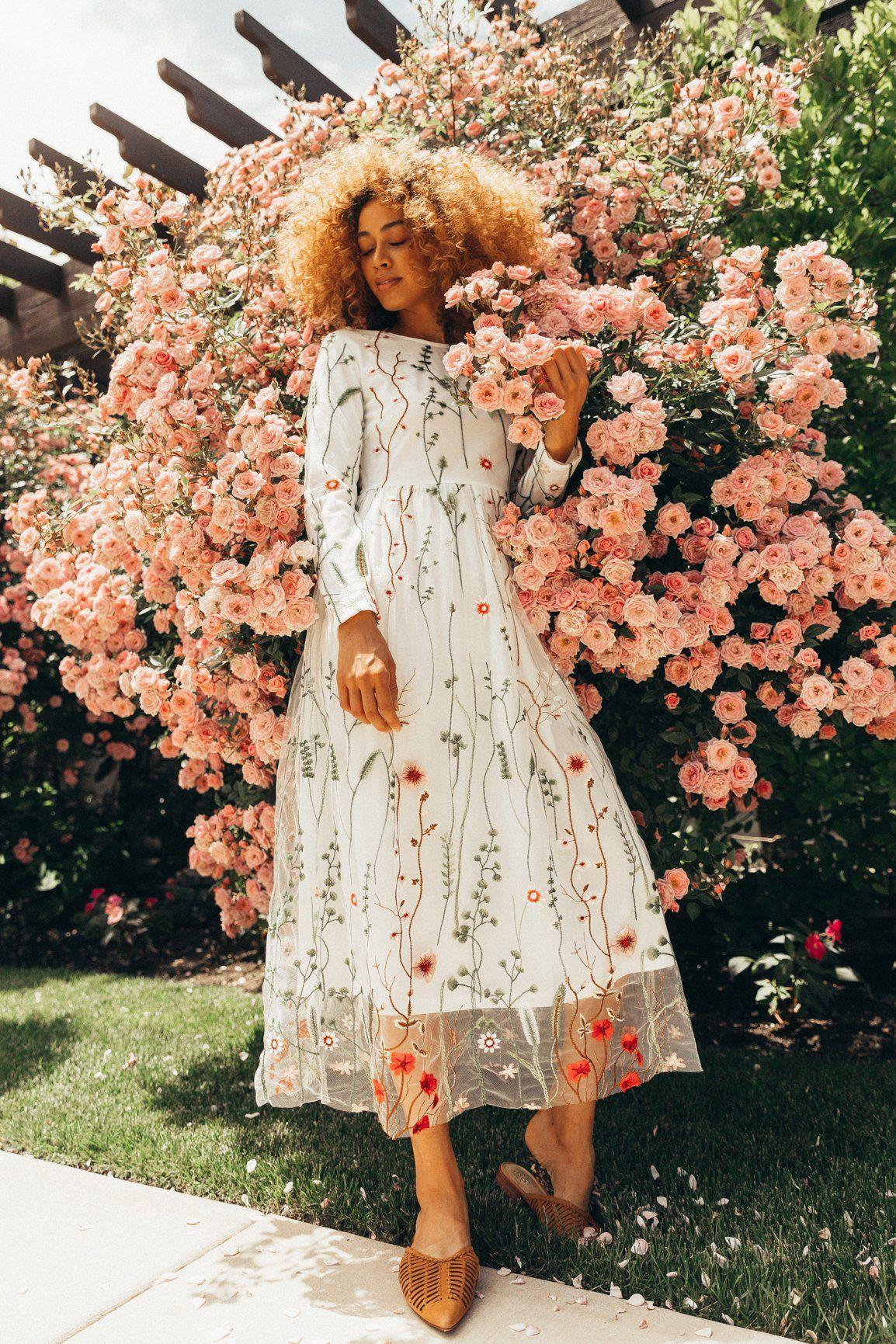 The Garden Party Dress Ivy City Co Garden Party Dress Dresses White Dress Party [ 1731 x 1154 Pixel ]