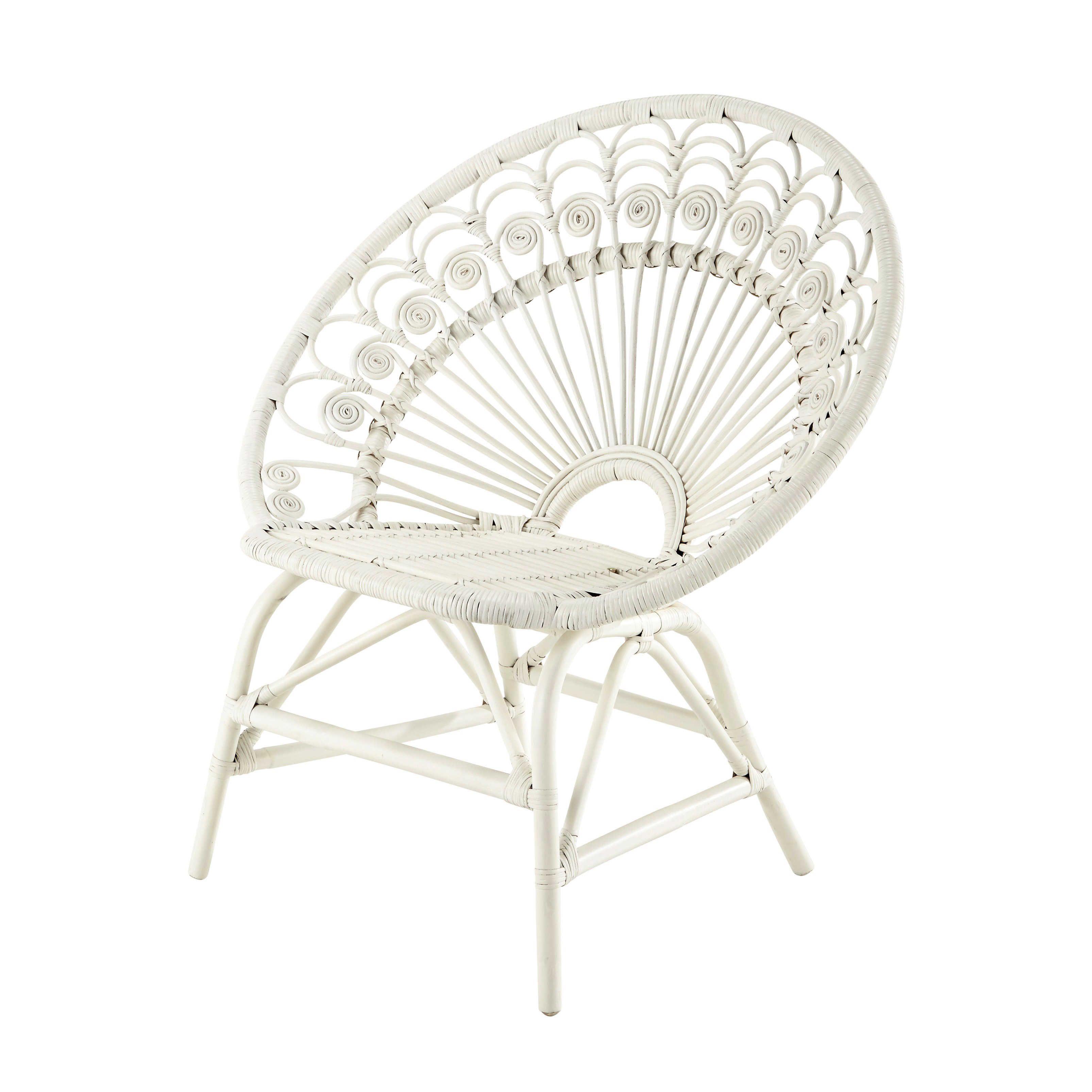chaise vintage en rotin blanc peacock