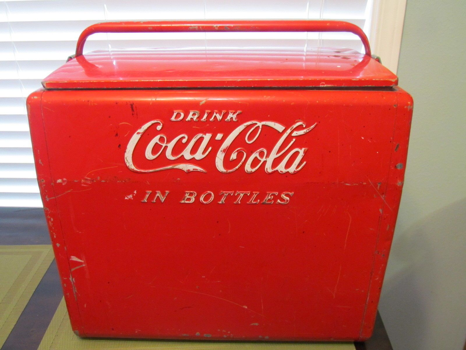 VINTAGE COCA COLA COKE CAVALIER PICNIC COOLER ICE CHEST