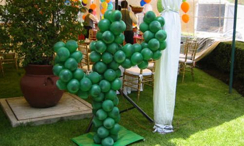 Cactus con globos fiesta mexicana pinterest globo for Cactus decoracion