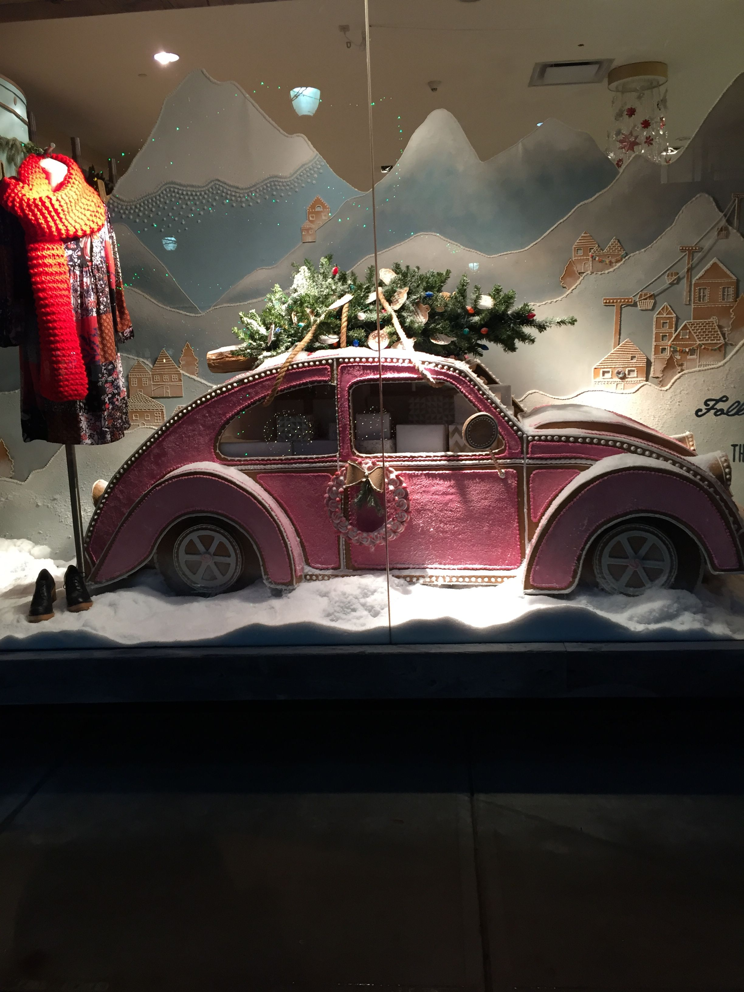 anthropologie window 2015 christmas retail window displays decora o de natal montras vitrine. Black Bedroom Furniture Sets. Home Design Ideas