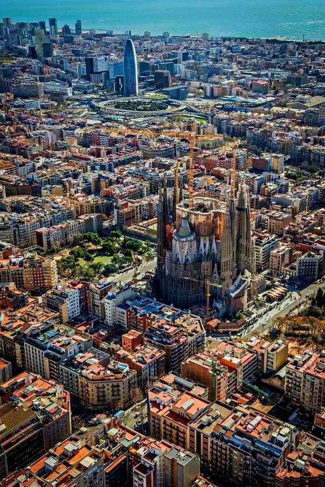 Barcellona Cool Places To Visit Barcelona Travel Barcelona Spain