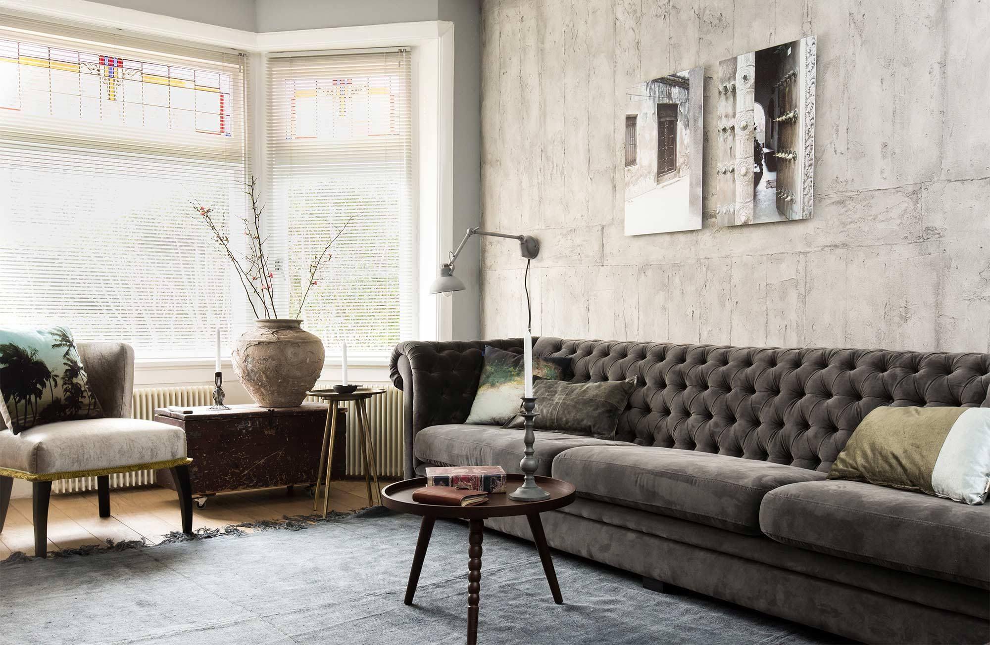 Diy concrete wall by vt wonen. betonstuc grof aanbrengen en grijs