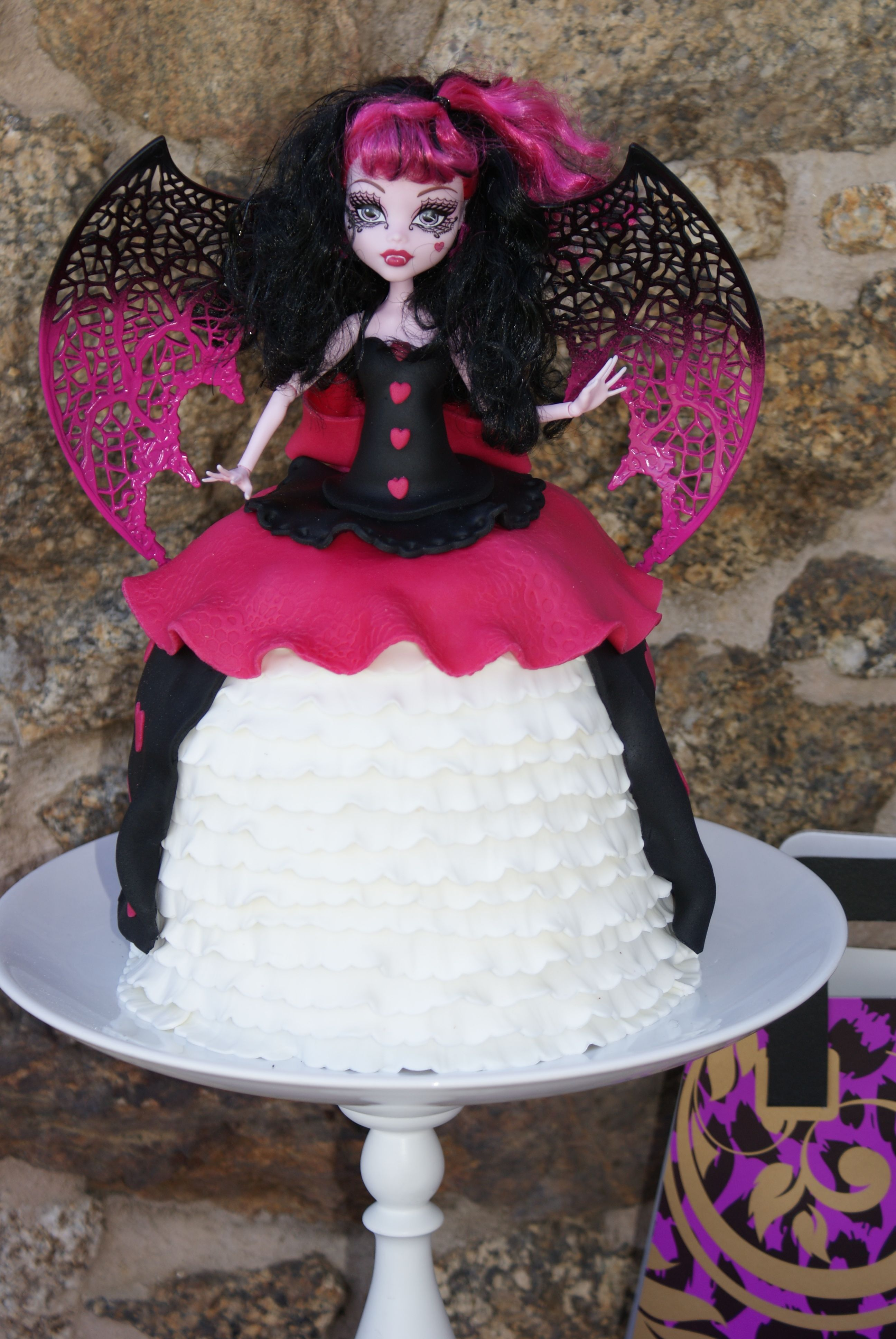 Astounding Monster High Doll Cake With Images Barbie Doll Cakes Personalised Birthday Cards Sponlily Jamesorg