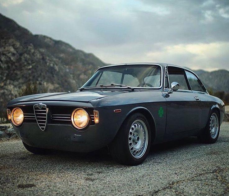1967 Alfa Romeo Giulia GT 1600 Veloce