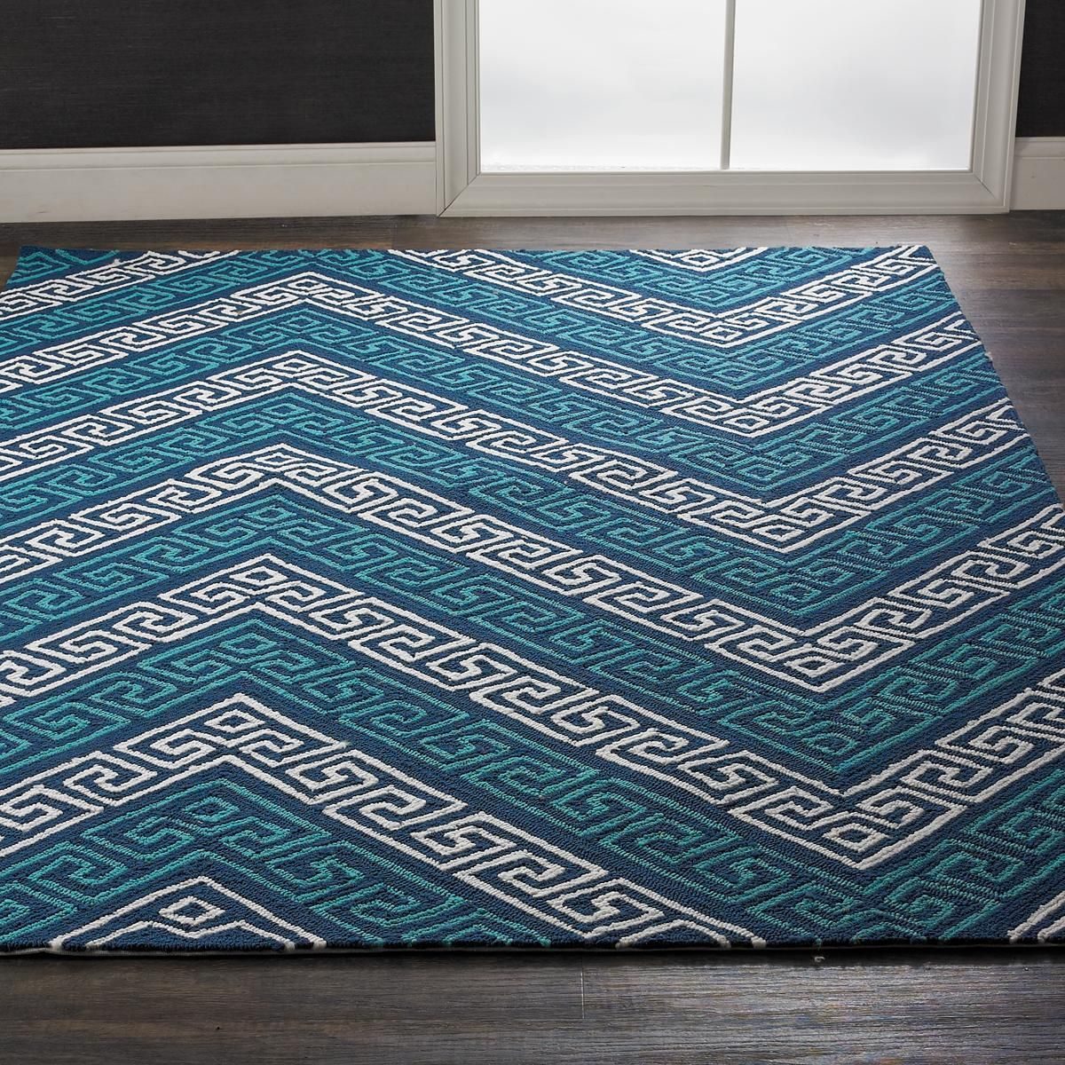 Greek Key Chevron Indoor Outdoor Rug This chevron stripe features a ...