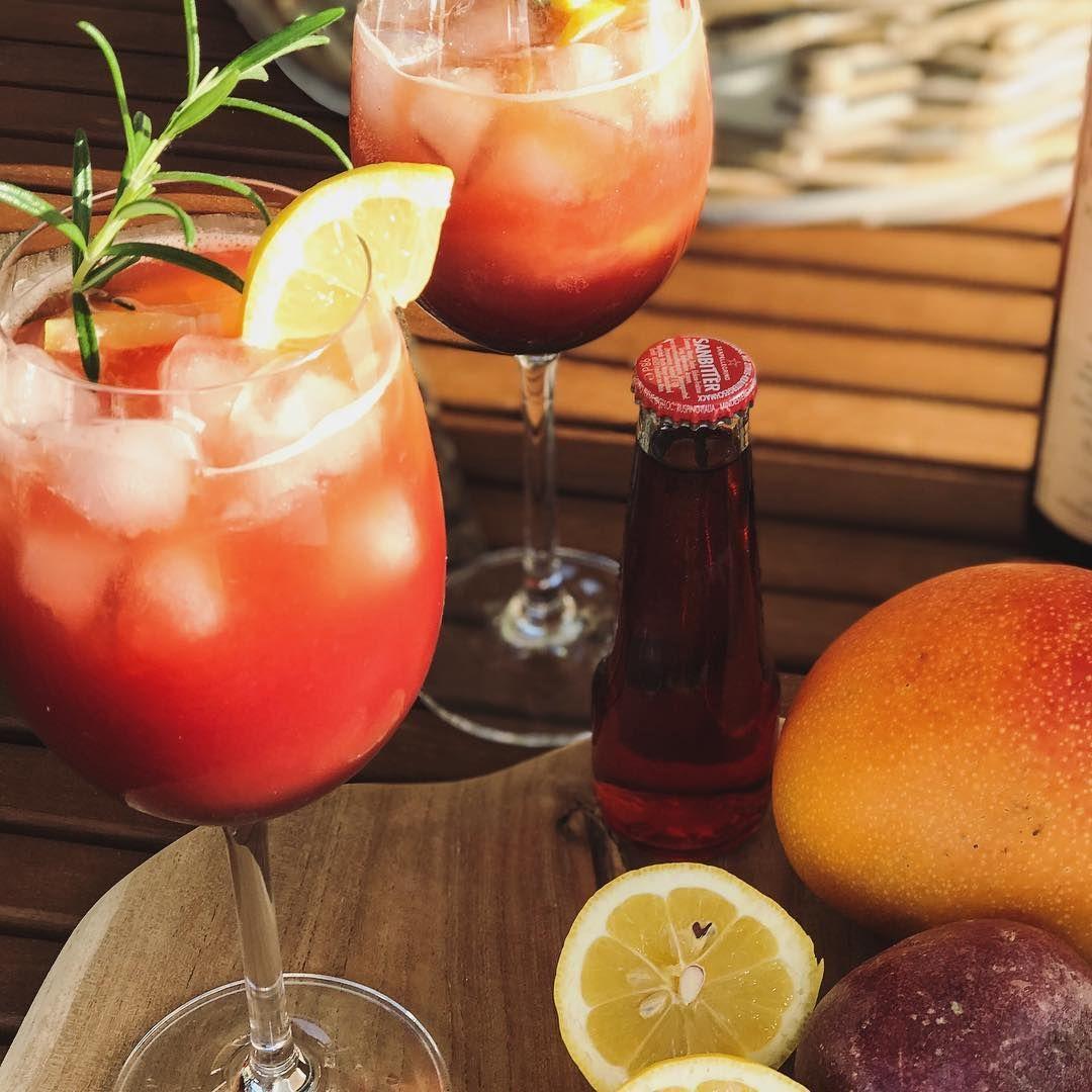 Red Bitter Cassis Alkoholfreier Cocktail Aperitif Mit Sanbitter Mangosaft Cassis Rezept Alkoholfreie Cocktails Alkoholfrei Aperitif