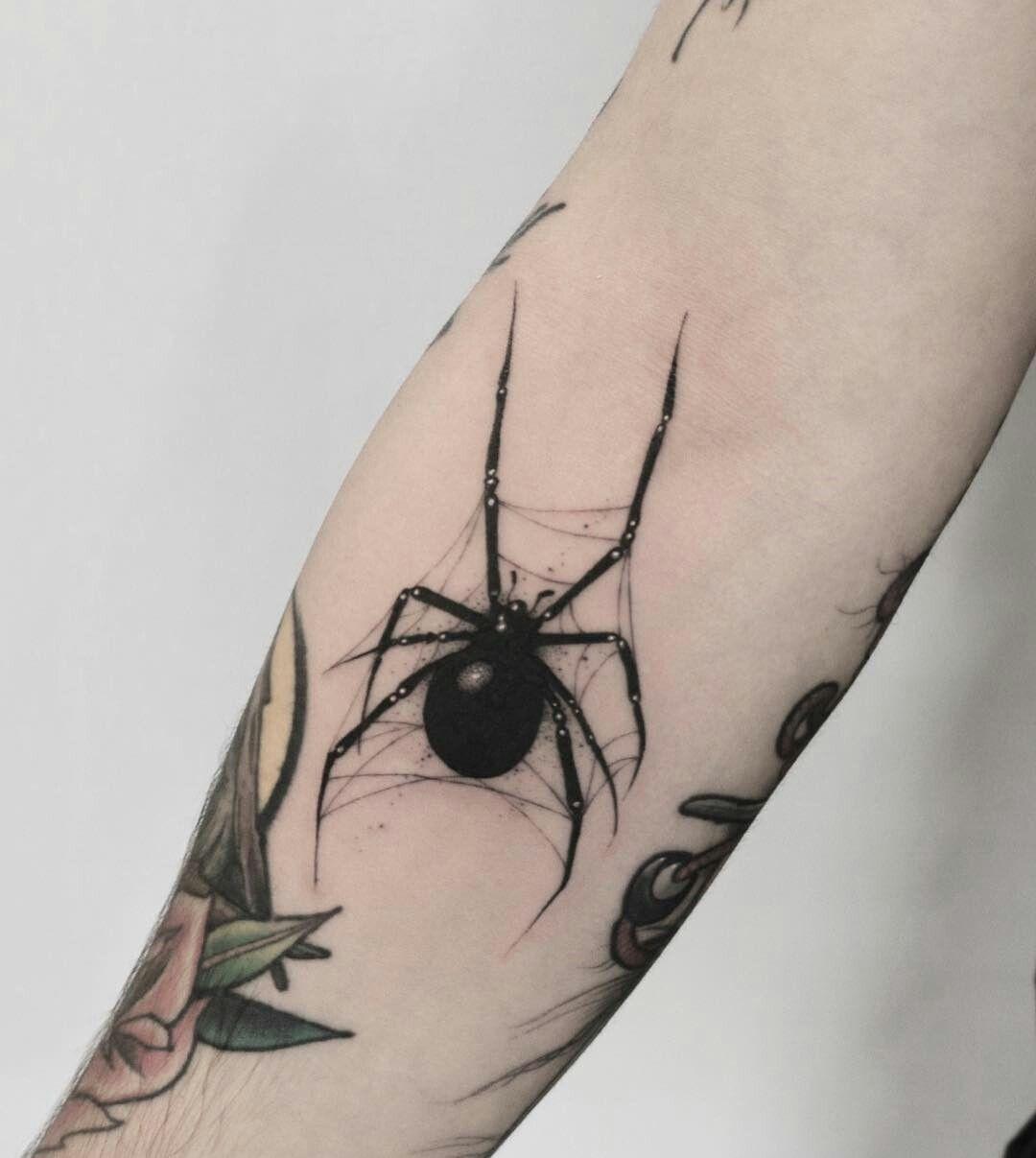 Pin De Gabriel Goroth Em Teia De Aranha Tatuagem De Aranha Tatuagem Tatuagem Viuva Negra