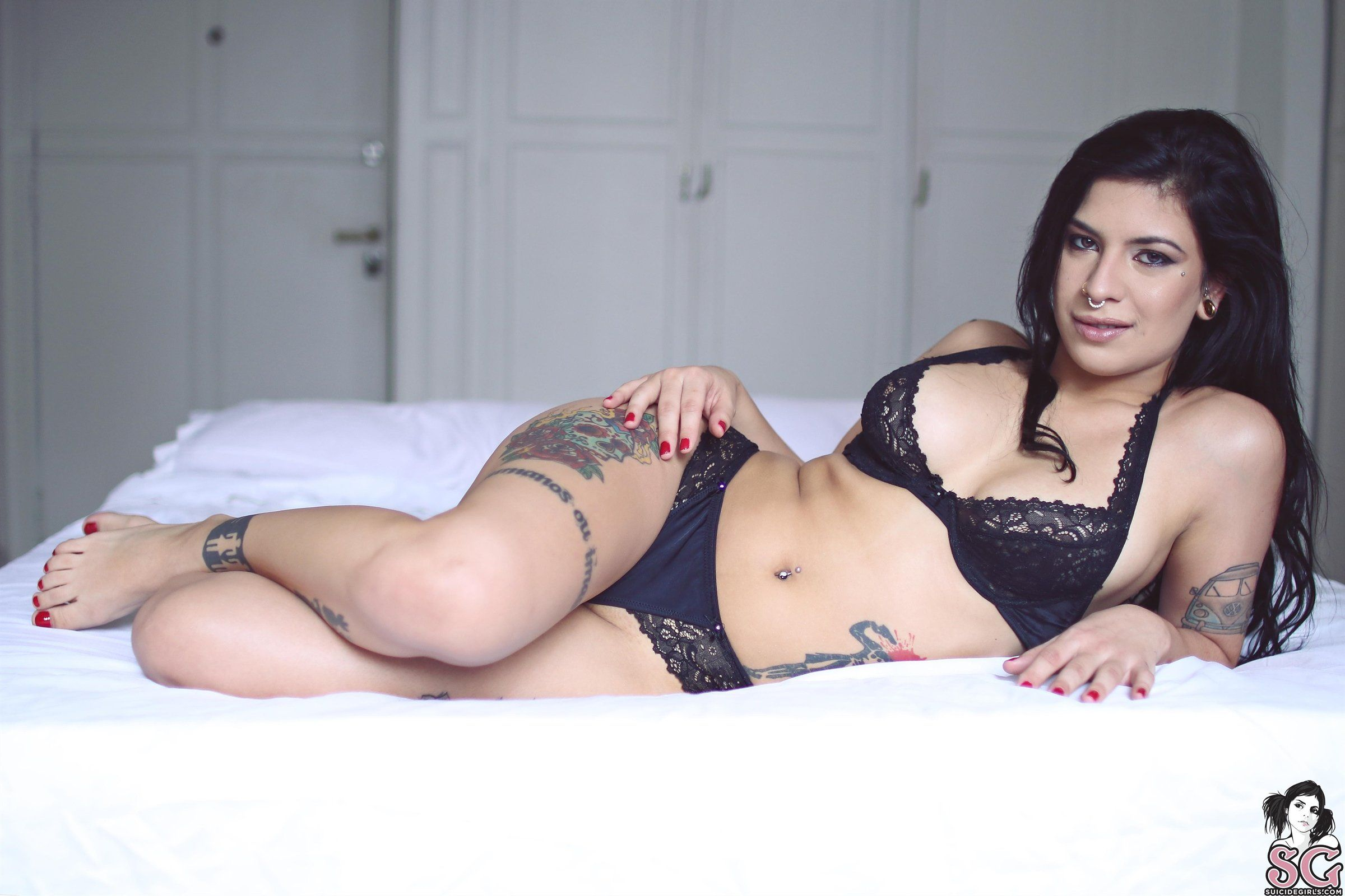 Alternative suicide girl and latin lover fuck diner 5