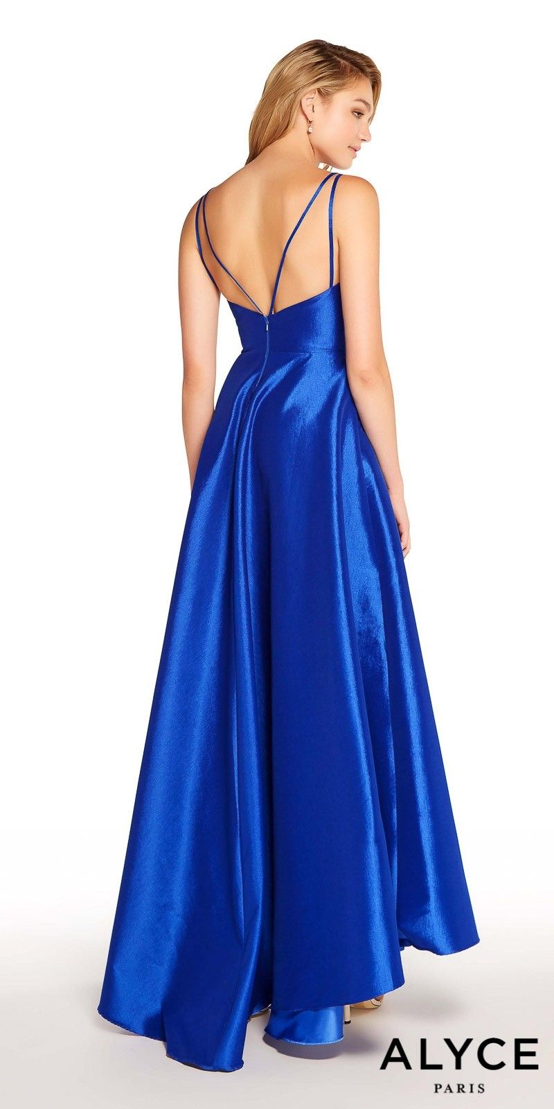 133b7f1cf7 Step up your fashionista style and be the talk of the night in this Surplice  Pleated