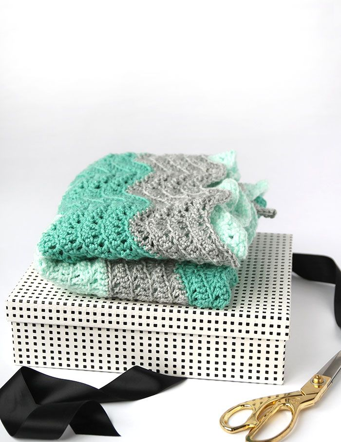 Crochet Feather and Fan Baby Blanket - Free Pattern | Tejido de ...