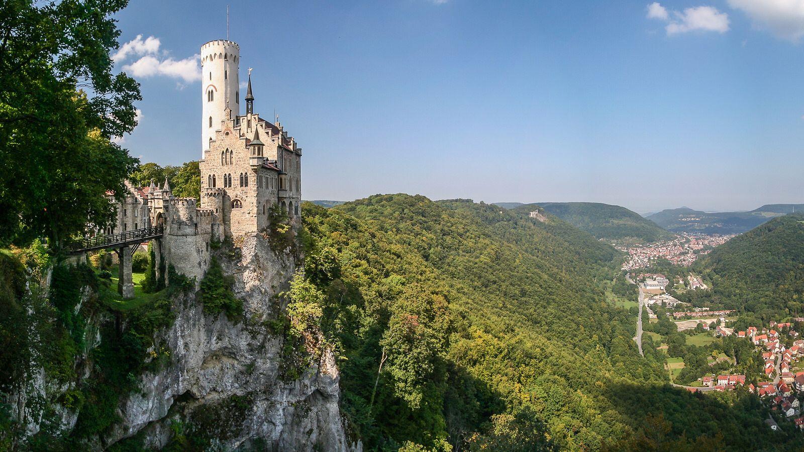 Lichtenstein Castle Schloss Lichtenstein Germany Wurttemberg Lichtenstein Castle Germany Castles Castle