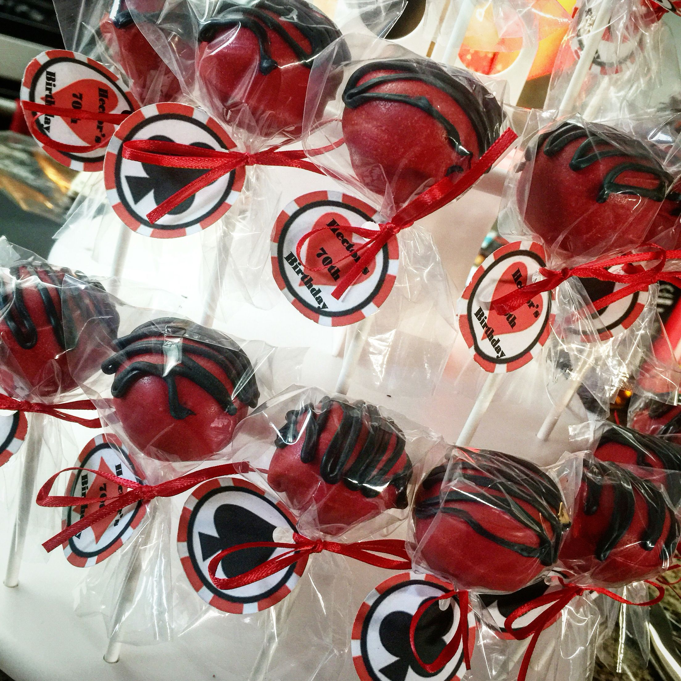 Casino party cake pops. Casino party, Party cakes, Party