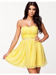 Keltainen söpö mekko
