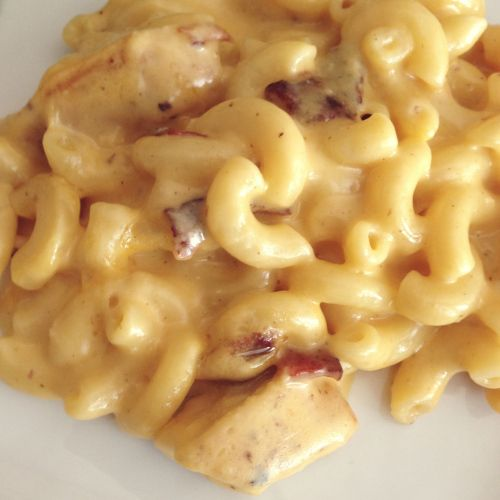 Chicken Bacon Macaroni and Cheese