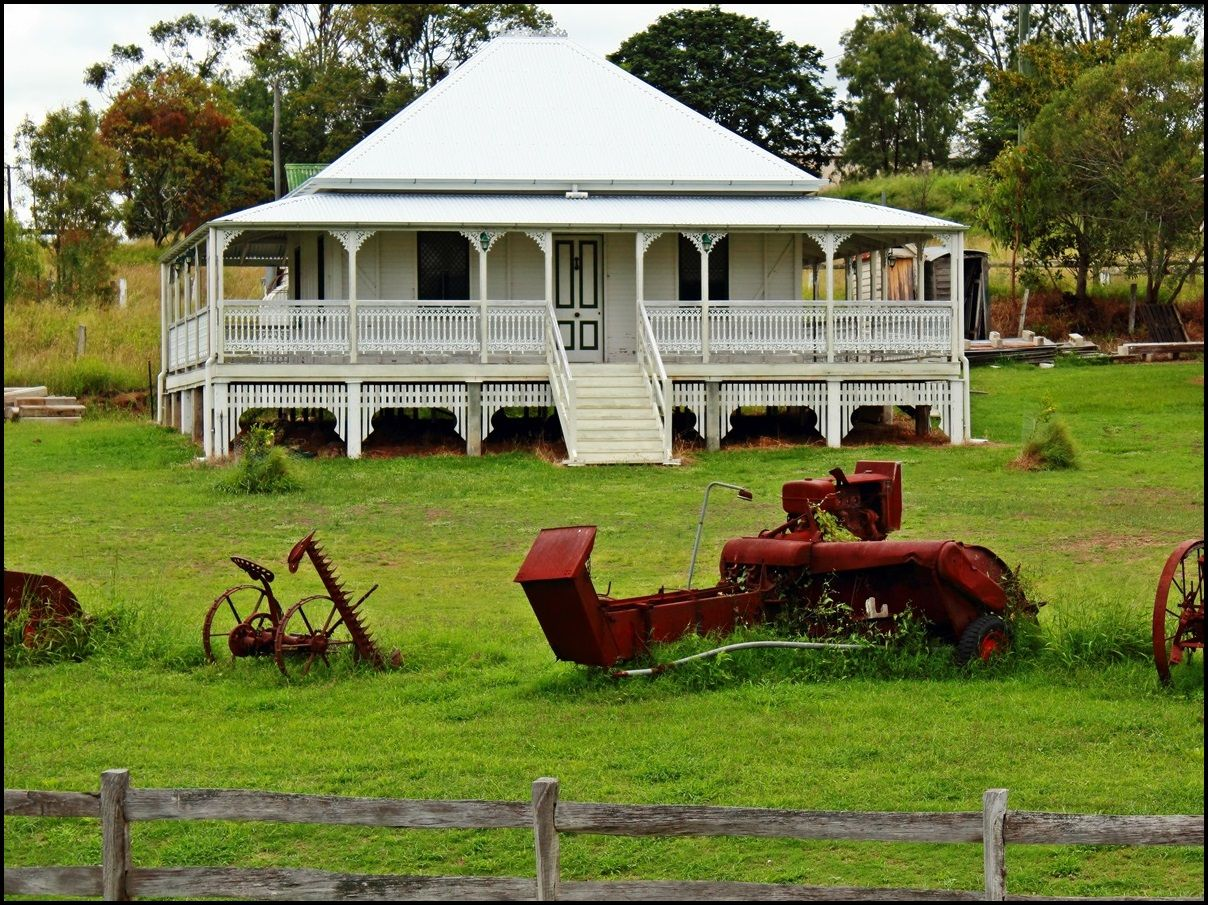 Old Queenslander Style Homes Google Search Australian