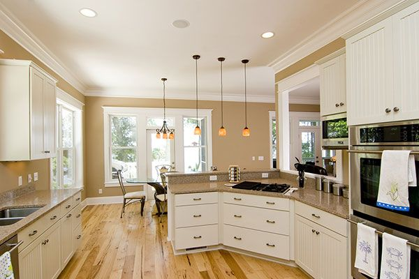 Consider Extra Electrical Outlets In New Builds Homes Com White Kitchen Traditional Traditional Kitchen Design Kitchen Design