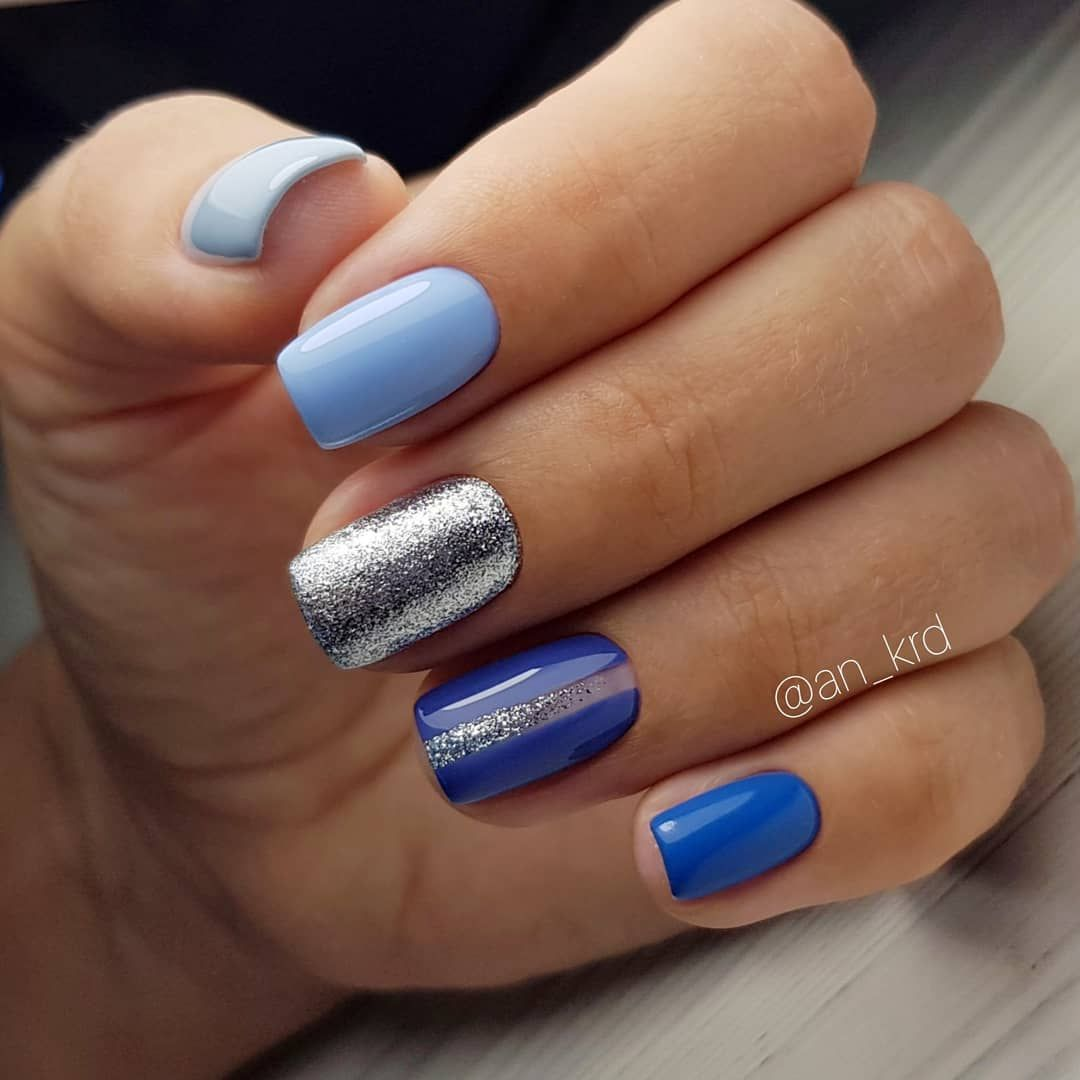 Pretty mismatched blue nail art