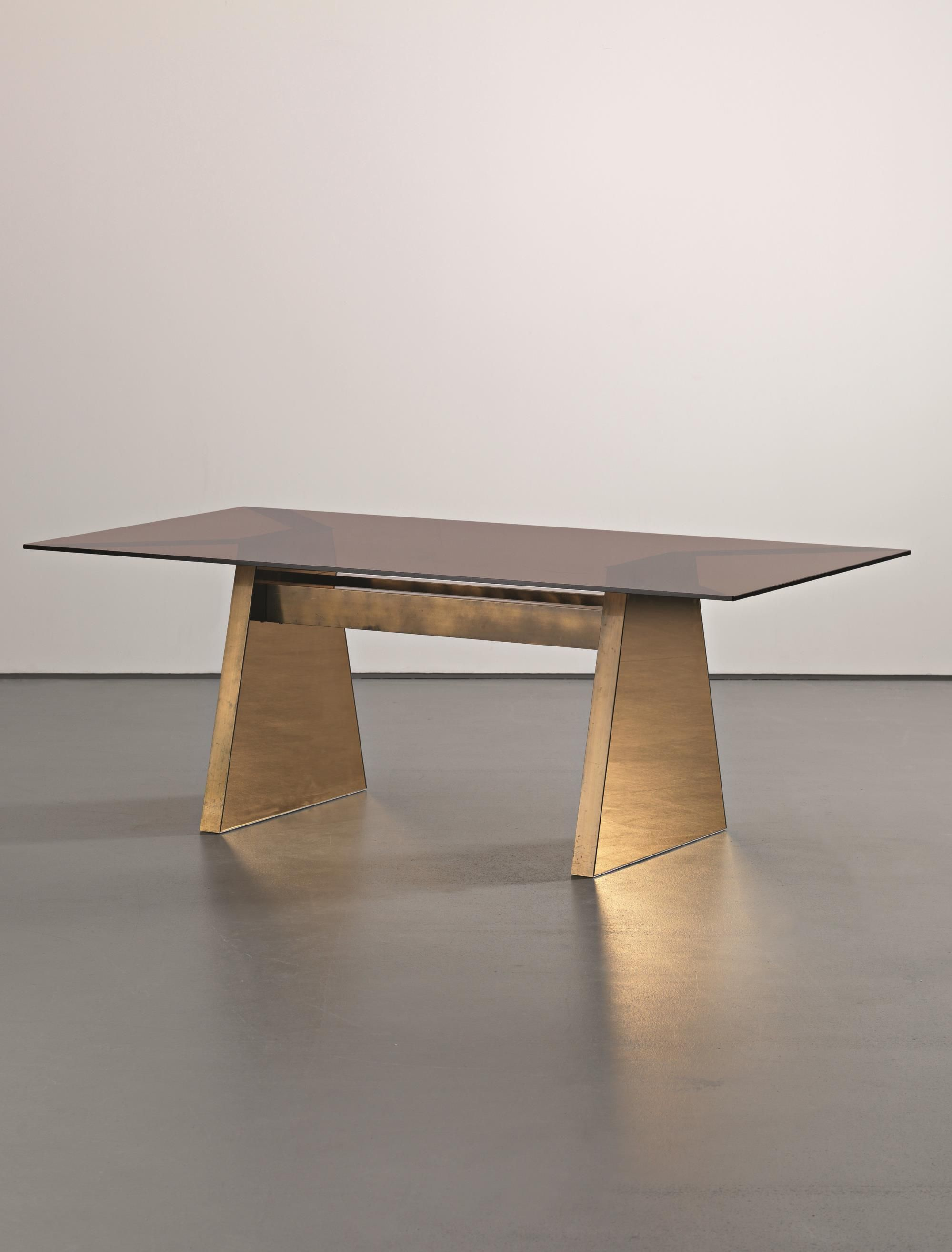 Nanda vigo unique brass and glass dining table by conconi for Exclusive esszimmertische