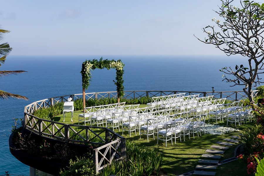 Wedding Planners Share Their Top 5 Wedding Venues In Bali Beach Wedding Aisles Wedding Venues Destination Wedding